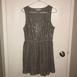 Sparkly Silver/Gray Lacey Dress ✨